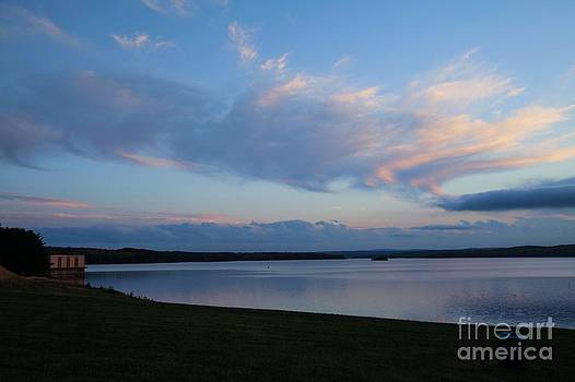 Clinton Sunset by Sue OConnor