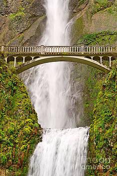 Jamie Pham - Close up view of Multnomah Falls in the Columbia River Gorge of Oregon