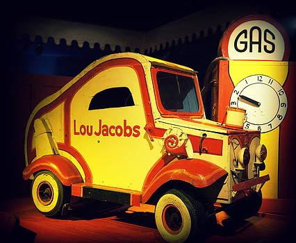 Laurie Perry - Clown Car