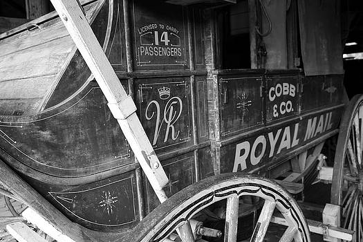 Cobb and Co Royal Mail by Ian  Ramsay