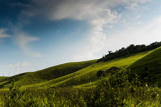 Fields in Conservatoria - Brazil by Igor Alecsander