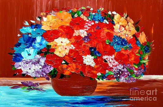 Colorful bouquet by Mariana Stauffer