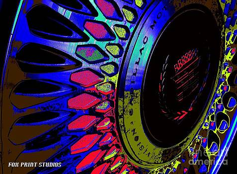 Colorlac Wheel by Maideline  Sanchez