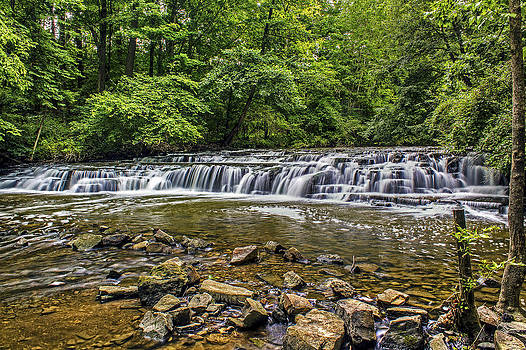 Corbett's Glen Waterfall 2 by Tim Buisman
