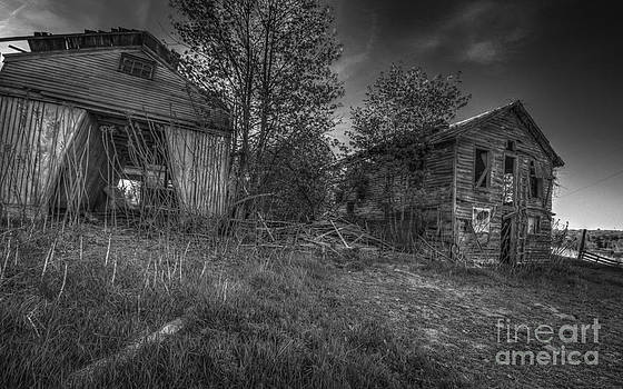 Corn Crib and Bunkhouse by Aaron Campbell