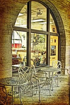 Regina  Williams  - Courtyard Cafe