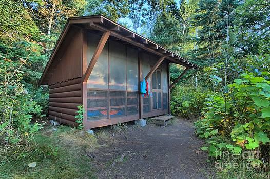 Adam Jewell - Daisy Farm Shelter