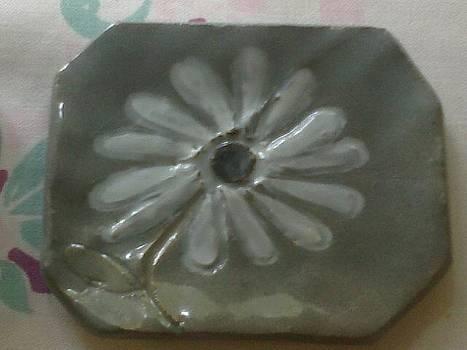 Daisy Flower by Lyra's Prism