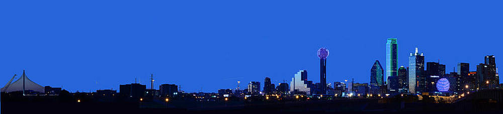 Dallas Skyline from the South by Jim Martin