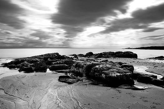 Dark clouds by Thorir Bjorgvinsson