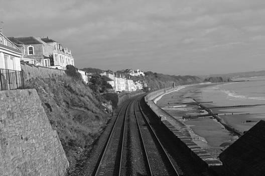 Dawlish rail line by Tom Salt