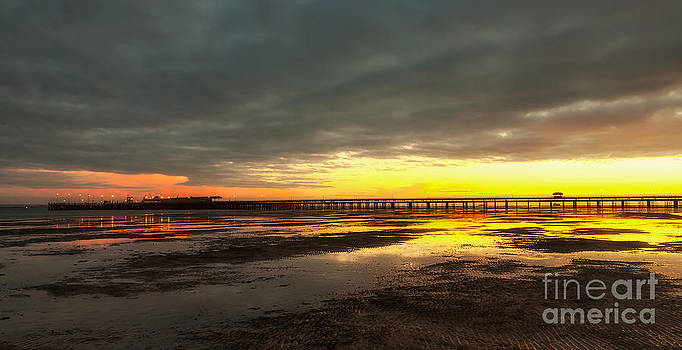 English Landscapes - Dawn At Ryde Pier