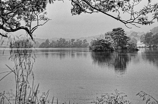 Dawn Mists Monochrome by Graham Hawcroft pixsellpix