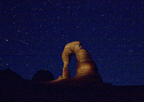 Delicate Arch at Night by Chris Wells