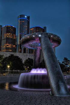 Detroit Lives by Dave Manning