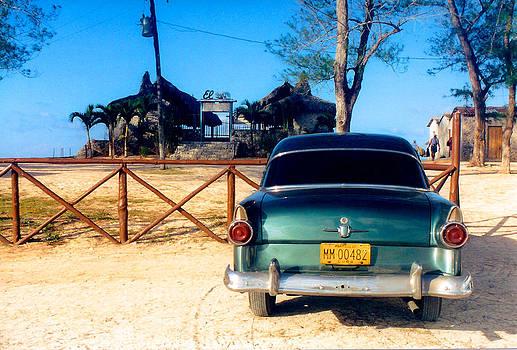 Dia de Playa en Cuba - Beach Day in Cuba by Lisa Merman Bender