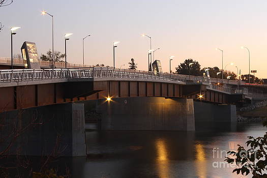 Disraeli Pedestrian Bridge Photo 1 by Stephen Thomas
