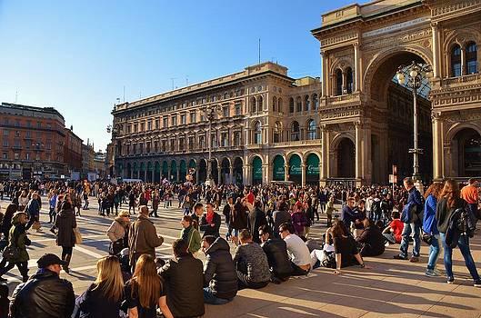 Dolce Vita in Milano by Dany Lison