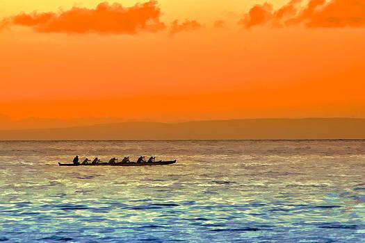 Dragon boat on the Pacific by Kayta Kobayashi