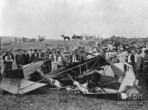 Gwyn Newcombe - Early Aviation Crash