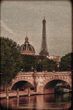 Eiffeltower With Pont Neuf by Marinus En Charlotte