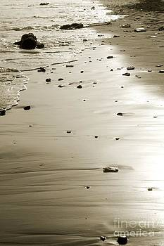 Empty beach sands by Muhammad Junaid Rashid