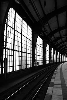 Empty Rails by David Schoenheit