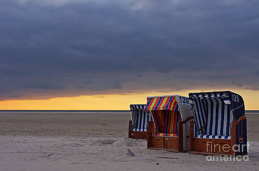 Angela Doelling AD DESIGN Photo and PhotoArt - Evening on the beach