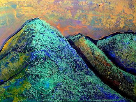 Every Mountain 174 by Aquira Kusume