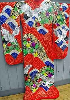 Exquisite Japanese wedding kimono decorated with cranes by Anonymous artist
