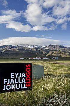 Evelina Kremsdorf - Eyjafjallajokull