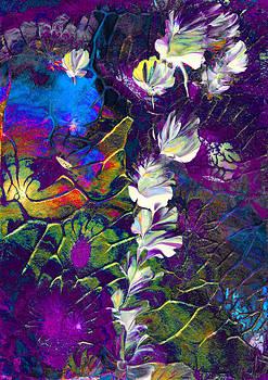 Fairy Dusting by Nan Bilden