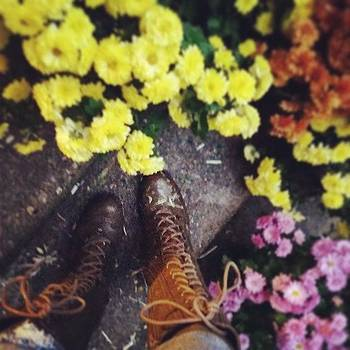 #fallfeet by Sacred  Muse