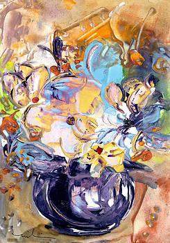 Miki De Goodaboom - Fantasy Flowers In A Violet Vase