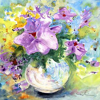 Miki De Goodaboom - Fantasy Flowers In A White Vase