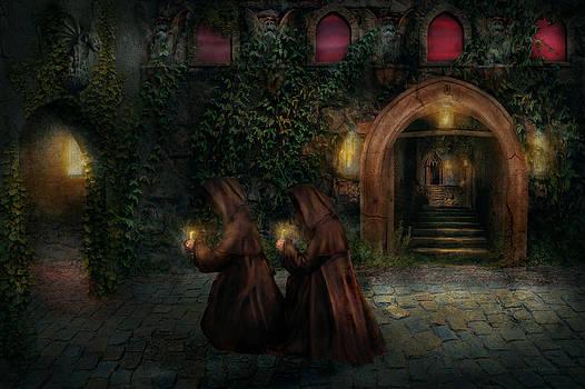 Mike Savad - Fantasy - Into the night