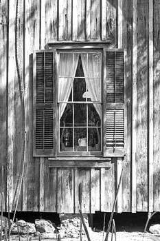 Lynn Palmer - Farmhouse Window