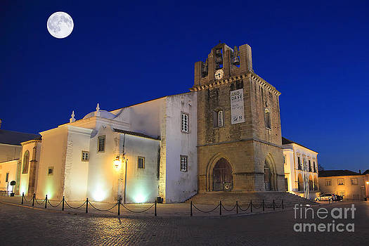 English Landscapes - Faro Cathedral At Night