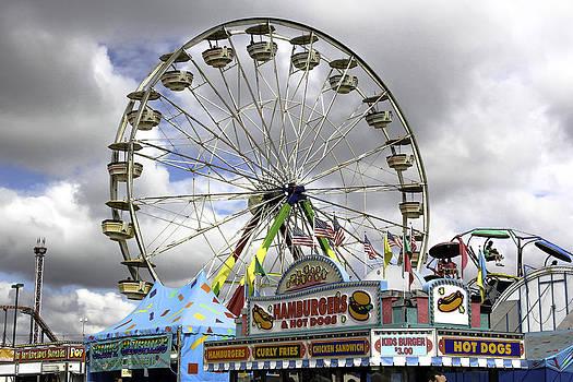 Ferris Wheel  by Bob Noble Photography