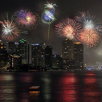 Lynn Palmer - Festive Miami 4th