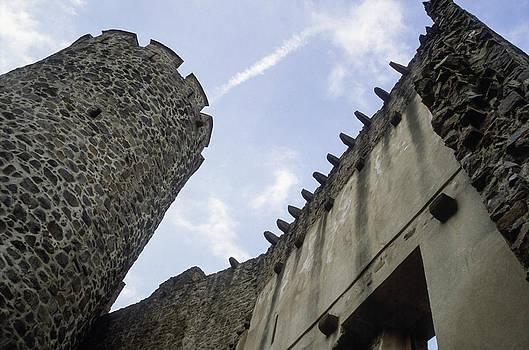 Feudal castle by Patrick Kessler