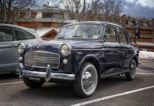 Fiat 1.100 by Leonardo Marangi