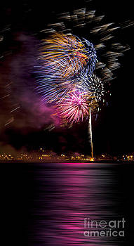 Svetlana Sewell - Firework 12