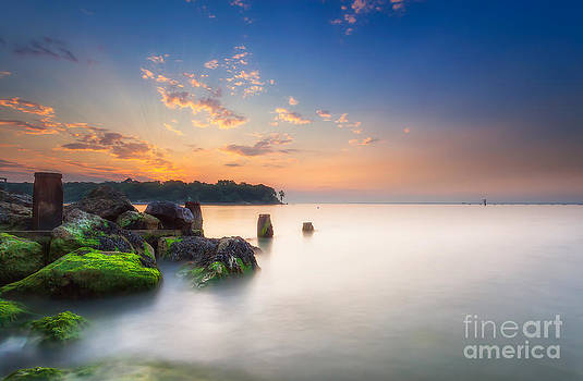 English Landscapes - Fishbourne Breakwater Sunset