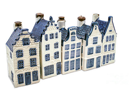 Patricia Hofmeester - Five delft blue houses