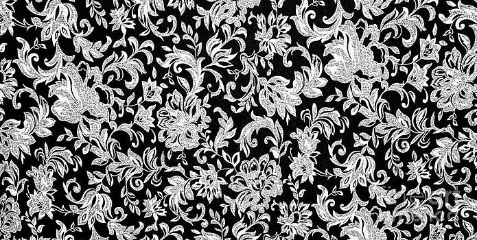 Simon Bratt Photography LRPS - Floral black and white background