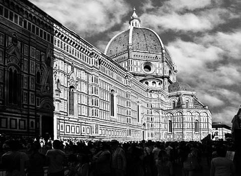 Florence Cathedral framed by the sun  by Marc Henderson