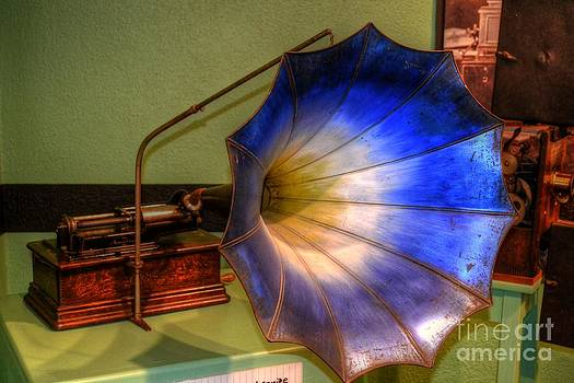 Flower Phonograph by Timothy Lowry