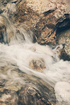LHJB Photography - Flowing water