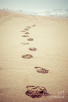 Paul Velgos - Footprints in Sand Retro Picture
